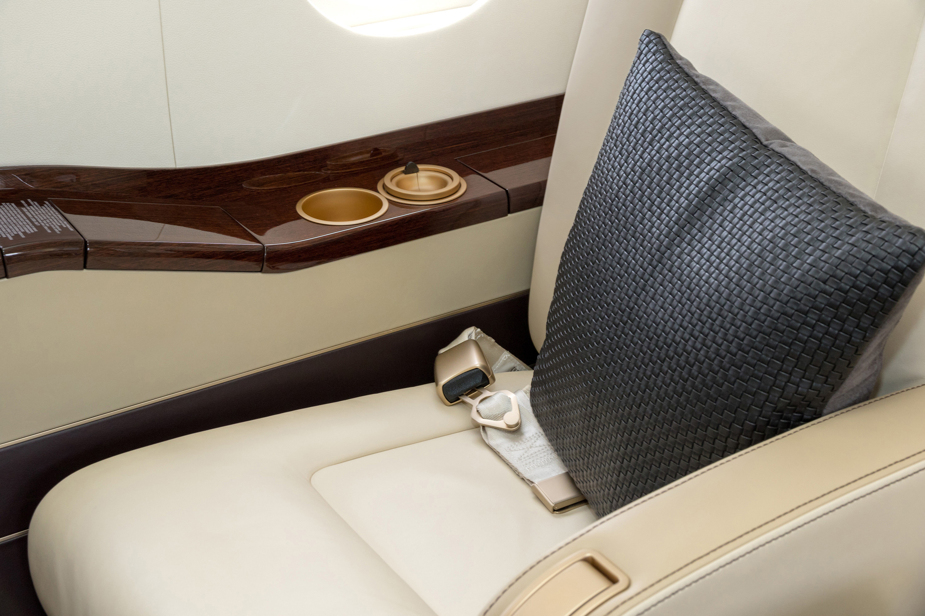 Leather for aviation interiors