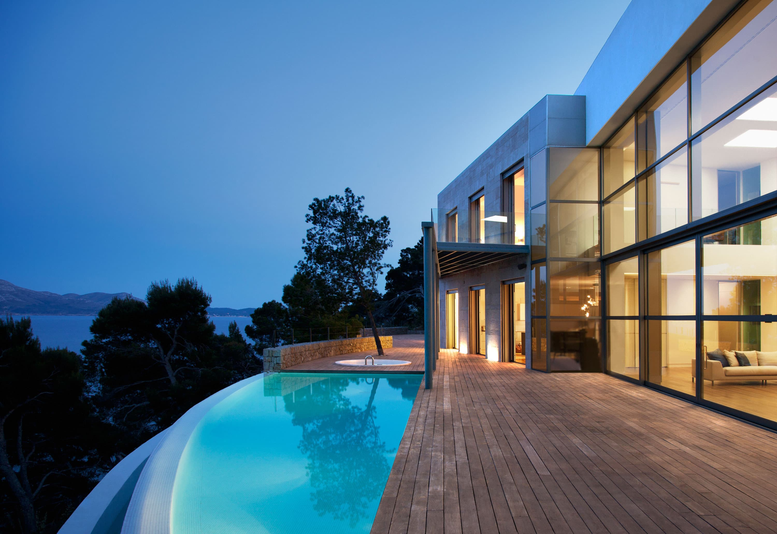 Architectural coatings that resist the elements